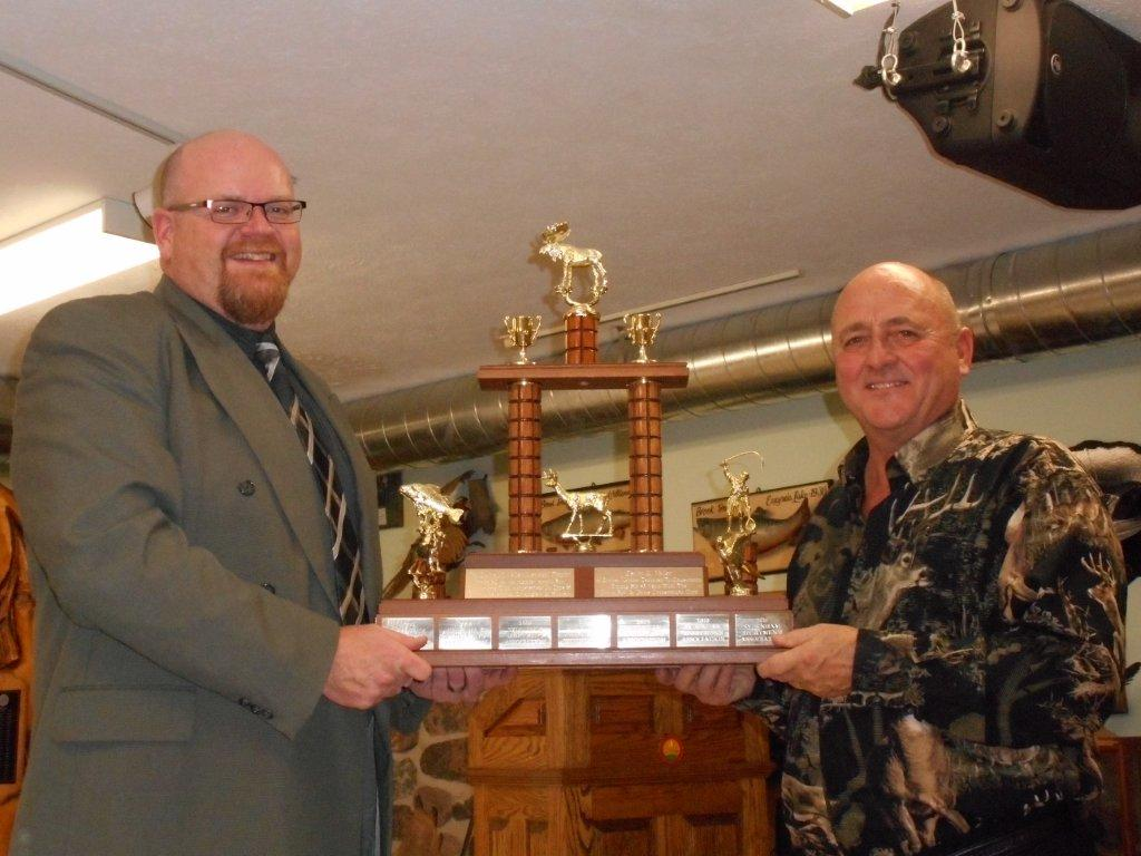 OFAH Zone H Awards Chairman Jason Forgrave (L) presents the Derlyn Valley Memorial Trophy for outstanding achievement by a Zone H club to SSA President Mike Prevost on behalf
